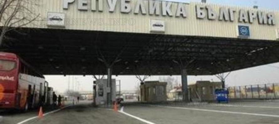 Бежанци щурмуваха турско-българската граница