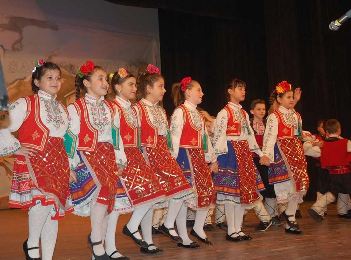 """Коледен концерт на самодейци от НЧ """"Дружба – 1870"""""""