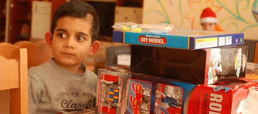 Майки раздадоха много подаръци и нежност за децата в ЦНСТ