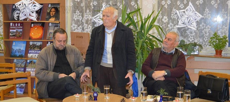 Тодор Николов представи  петата си книга