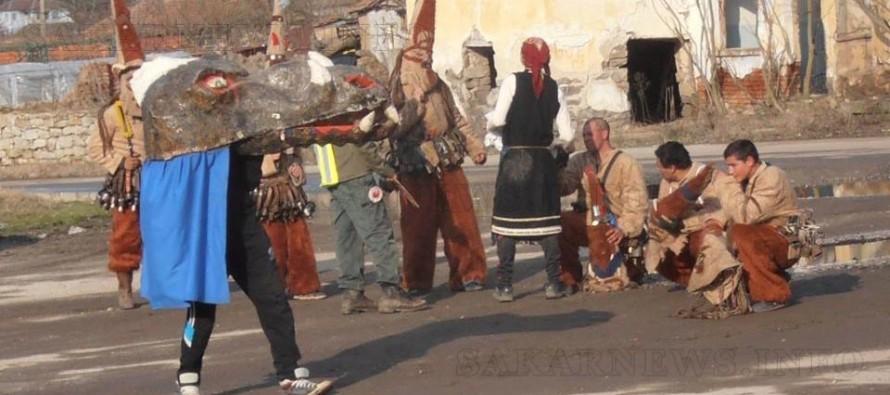 """Кукерите от околността репетират за """"Кукерландия"""""""