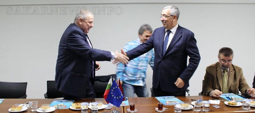 Любимец и Люлебергаз подписаха партньорски споразумения