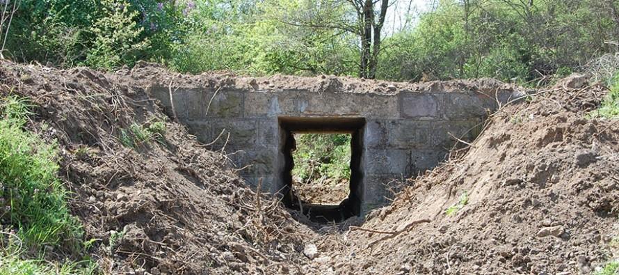 Разрушиха мостовете на  старата жп линия