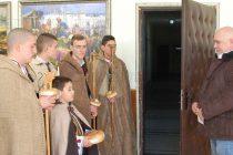 Коледари пожелаха здраве и берекет на тополовградските съветници