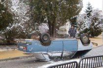 Автомобил се преобърна в  центъра на Тополовград